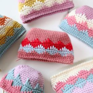 【動画あり】細編みで編む、簡単なポーチの編み方