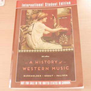 A History of western music by Grout 御茶ノ水大 科目履修生