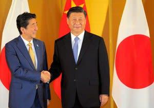 自ら米中の奴隷役を買って出る日本政府