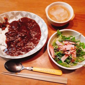 ハヤシライスと野菜消費