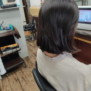 ショートヘアーのナチュラルストレートって難しいよね(*´ω`*)
