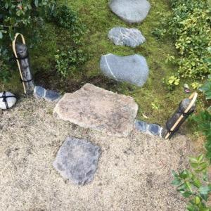 茶室の庭の結界