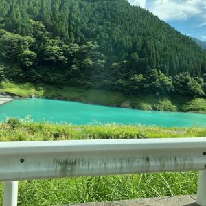 長島ダムから奥大井湖上駅