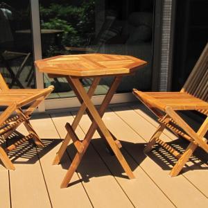 ウッドデッキ用のテーブル&椅子購入