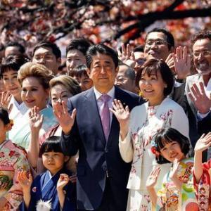【短歌日記】国の金 使いまくって お・も・て・な・し 桜を見る会 在日米軍 /// この国は、安倍の天下か、やりたい放題。後は野となれ山となれ。
