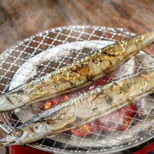 【短歌日記】ピカピカと 光る秋刀魚に 魅せられて 今宵はこれと 決め打ちをする /// 今年初めてサンマを買いました。もちろん、解凍物です。