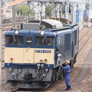 5月9日撮影 南松本にて西線貨物8084レ 機回しより その1