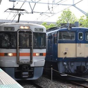 5月23日撮影 岡谷駅にてEF64-37号機との並びより