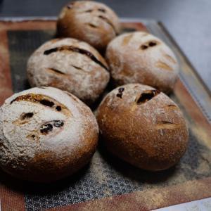 美味しいパンをたくさん作ります!!