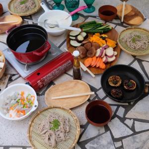 庭飯を楽しむ