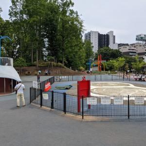 緊急事態宣言の公園