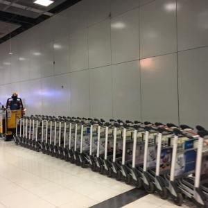 タイ旅行記  空港で見たおもしろいもの