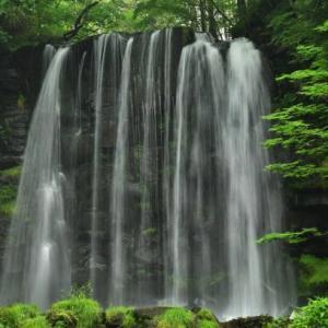 菅平高原の唐沢の滝