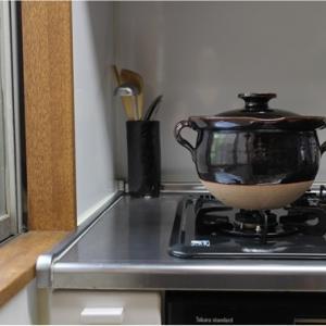 土楽さんの育てる土鍋