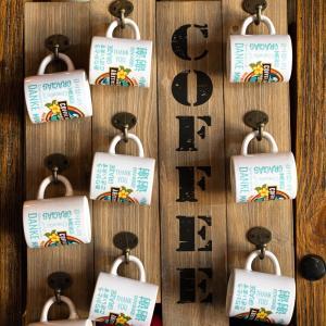 ハワイなマスク姿も素敵なカフェ「コーヒー・ギャラリー」