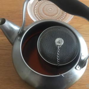 コスパ重視!美味しい麦茶は丸粒×カプセルこし器×やかんで煮出すのがオススメ!
