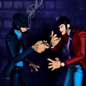 煙草に火をつける