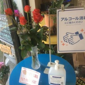 お店に華やかさを添える生切り花
