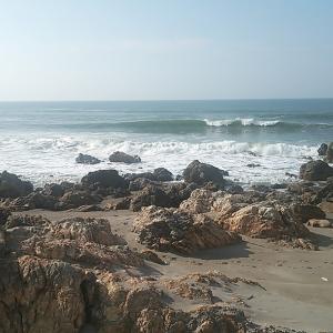 サーフィンと「THEDAY」波がない日本海の夏