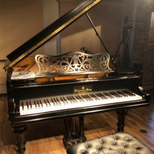 コロナ渦のラウンジピアノ