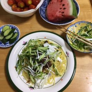 今日のお昼はジャージャー麺