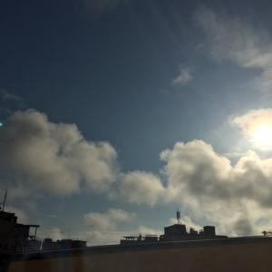 今日の東の空