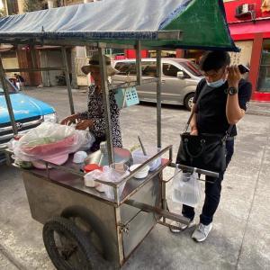 カンボジアの出勤時の風景