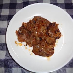 夕飯は牛カルビ味付け焼肉でした