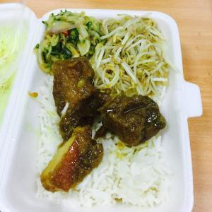 ヤンゴン勤務中に食べていたランチ弁当