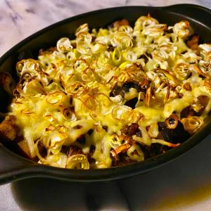 No2872鮪アラ生姜山椒煮の長ネギチーズ焼き