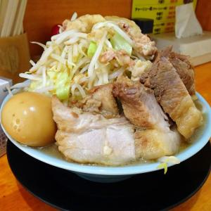 ■神保町の「盛太郎」で、デカ盛りチャーシュー麺!