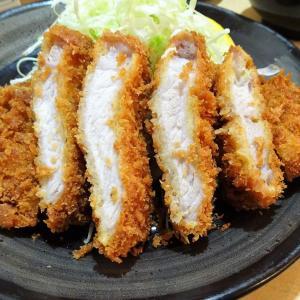 ■日吉の「とんかつ三田」で、デカ盛りとんかつ定食!