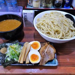 ■神田の「春樹」で、デカ盛りつけ麺!