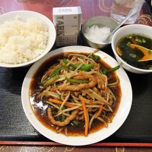 ■神田の「家楽」で、デカ盛りチンジャオロース!