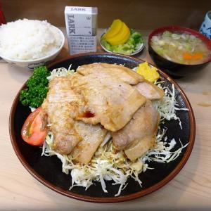 ■大井町の「丸八支店」で、デカ盛り生姜焼き定食!