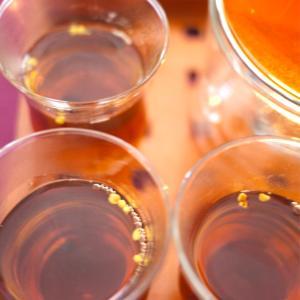 金木犀が香る季節…紅茶と金木犀のお花をブレンド♪