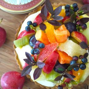 秋の果物もりもり♪フルーツタルトのバースデーケーキ♡