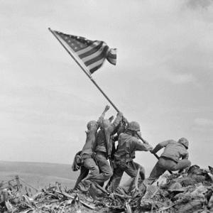 ピュリツァー賞・硫黄島の星条旗、米兵6人のうち1人を別人と取り違え、米海兵隊が発表