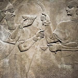 約3800年前の「世界最古のレシピ」に書かれたバビロニア料理を再現!