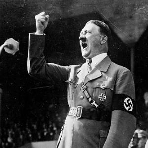 ヒトラーの生家、改装して警察署に!聖地扱いを防止するため