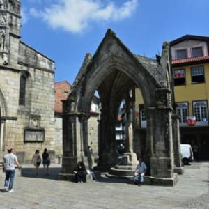 一目惚れをしたポルトへの旅 3日目(6)ギマランイス旧市街の町歩き。