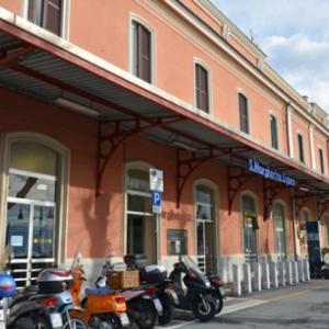季節はずれのチックエテッレ 3日目(3)サンタ・マルゲリータ・リグレからポルトフィーノ行きの臨時船。