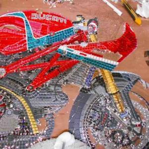 Ducatiのモザイク