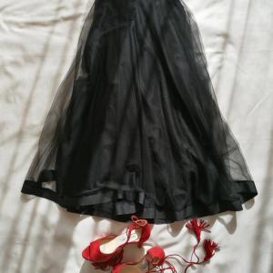 40代大人女子でもOK!着まわし力抜群なチュールスカート