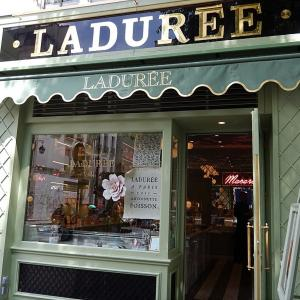 ブルターニュ通りに新しく出来た二つの老舗店