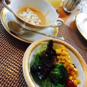 名古屋東急ホテル モンマルトル ローストビーフディナー