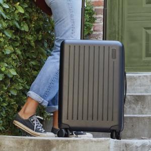 【国際線】機内持ち込みできるスーツケースについて【サイズ・個数】