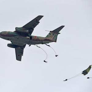 入間航空祭 陸自空挺降下