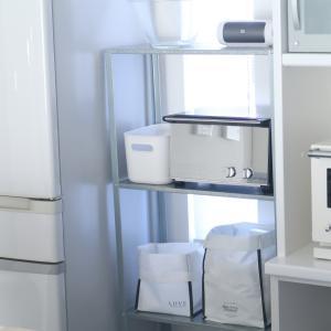 キッチンの空きスペースにIKEAの棚を