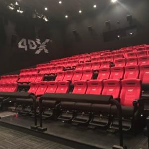 Yちゃんと アナ雪 4DX映画を 見に行きました